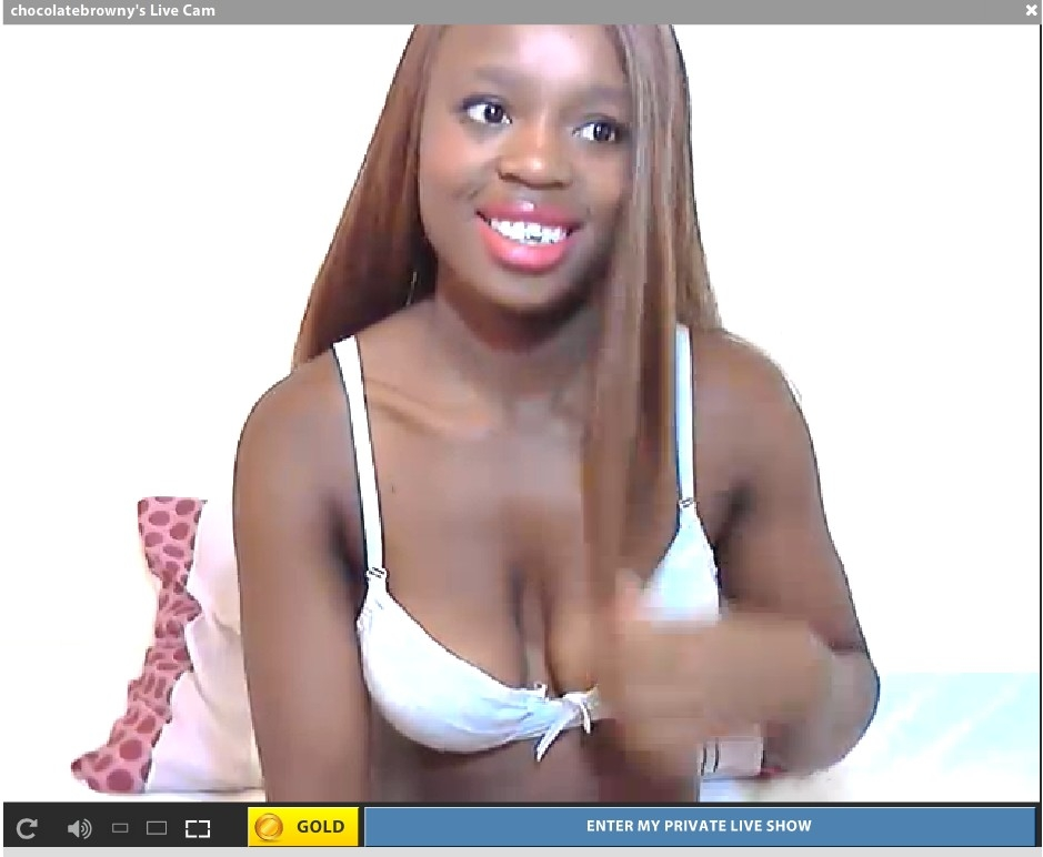 Gorgeous smile and just 20, new to camming.
